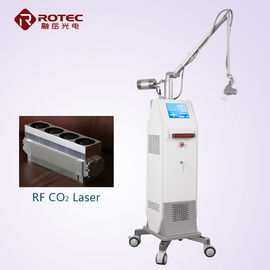China Pele do laser do CO2 do tubo de Ultrapulse RF que Resurfacing o equipamento da beleza do laser do CO2 da máquina fábrica